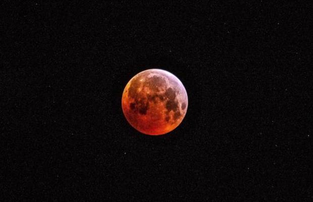 Eclipse de Lune totale lundi : les images